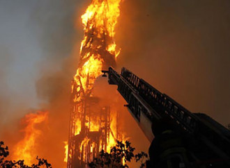 Chiese date alle fiamme in Cile