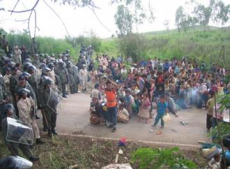 La Thailandia discute con il Laos i termini del rimpatrio forzato dei hmong