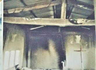 In Nepal bruciate cinque chiese in dieci giorni