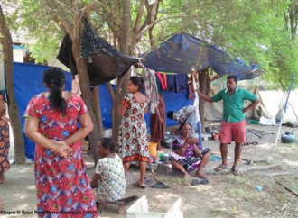 Tornano a casa i tamil cattolici sfollati dal 1992