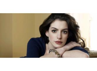 """Anne Hathaway subisce un po' di """"stalking"""" vegano"""