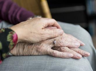 Disabili e anziani, l'eutanasia da Covid è un fatto globale