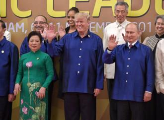 """Asia-Pacifico addio. Trump lancia l'""""Indo-Pacifico"""""""