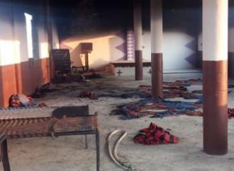Una chiesa è stata bruciata nel Punjab alla vigilia della festa del Diwali