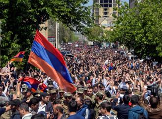 Armenia, rivoluzione di velluto in una repubblica ex sovietica