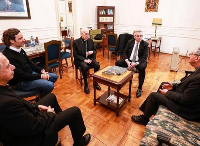 L'incontro dei vescovi con Fernandez
