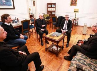 ¿El Papa apoya al peronista Fernandez? Negaciones y reuniones poco fiables
