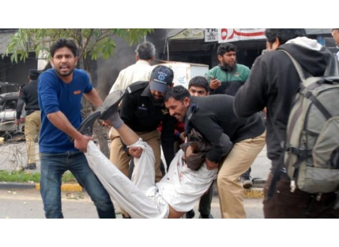Lahore, dopo l'attentato
