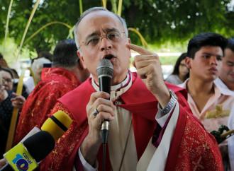 Il vescovo Baez trasferito, il dissenso perde la sua voce