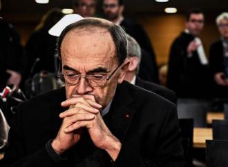 Il papa non ha accettato le dimissioni di Barbarin