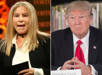 Barbara Streisand chiede ai gay di votare contro Trump