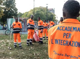 Favori al Pd e migranti usati: la Caritas pelosa di Bergamo