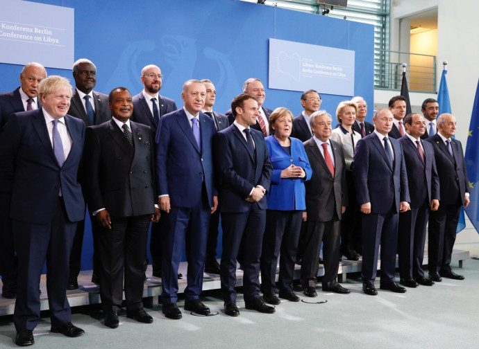 Conferenza di Berlino, foto di gruppo (Conte in seconda fila a destra)