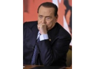 Berlusconi o Renzi, chi scaglierà la prima pietra