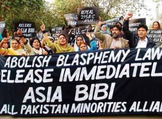 Blasfemia: condannato per un messaggio su Whatsapp