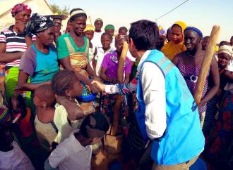 Servono con urgenza 100 milioni di dollari per assistere gli sfollati e le comunità che li ospitano