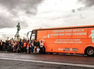 Una buona notizia: il bus della libertà tornerà in pista
