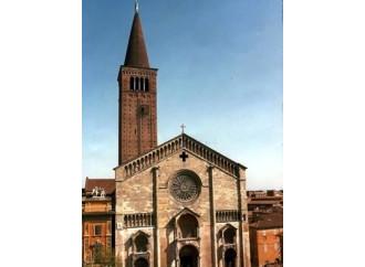 E dal Duomo l'Angelo di rame veglia sulla città