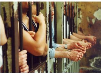 Carceri piene, l'inganno dell'amnistia