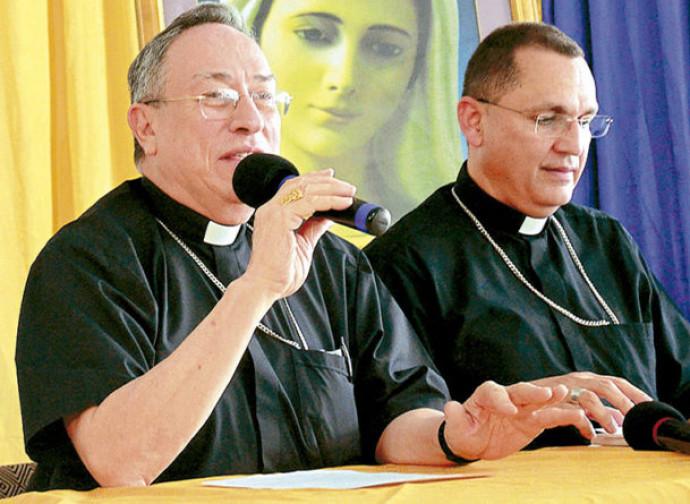 Maradiaga (a sinistra) con Pineda