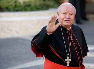 Il cardinale anti-aborto 'osa' parlare. Elezioni annullate
