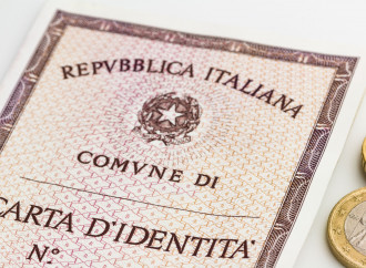 Carta d'identità: Famiglie Arcobaleno contro Salvini