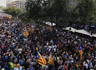 Barcellona, manifestazione indipendentista