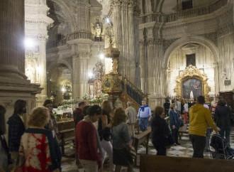 Anche in Spagna polizia in chiesa. E i vescovi hanno colpe