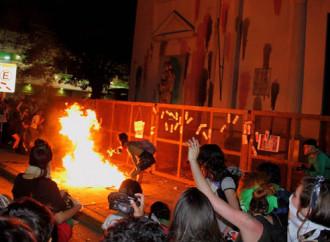 Femministe e attivisti Lgbt profanano le Chiese