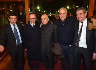Con Renzi o con Berlusconi, basta che si è eletti