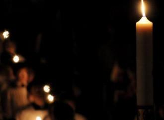 Nella notte si accende una Luce