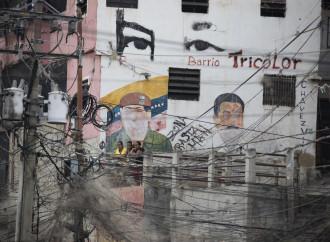 Soldi o no, fra Chavez e M5S è sempre stato amore