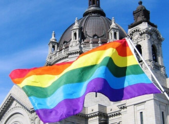 """Sanzioni alla Chiesa anglicana scozzese per aver celebrato """"nozze"""" gay"""