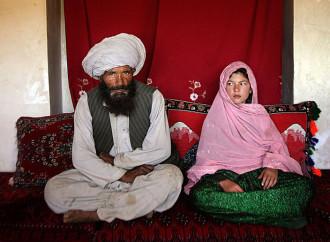 Passa al parlamento pachistano l'innalzamento dell'età femminile per il matrimonio da 16 a 18 anni