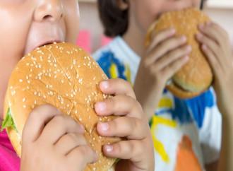 Come i figli obesi diventano dello Stato