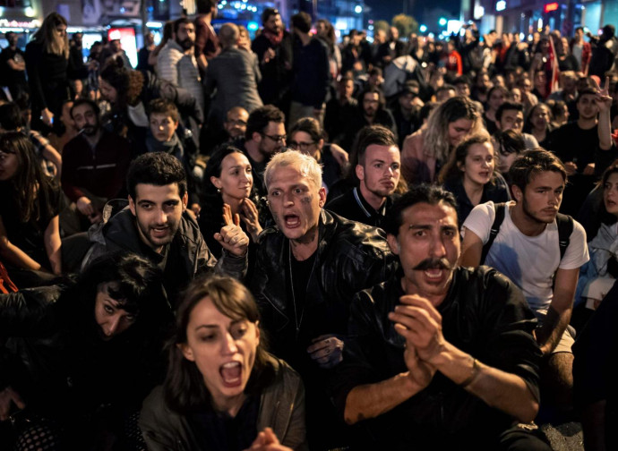 A Istanbul, protesta del Chp