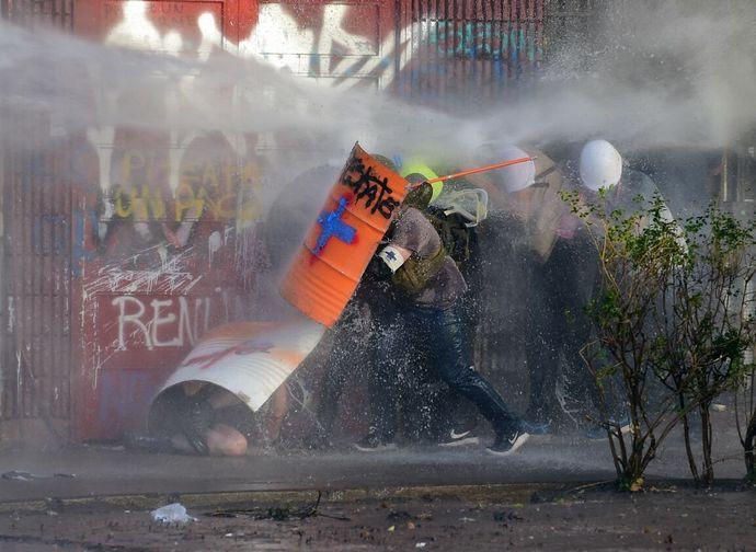 Dietro gli incidenti in Cile, la mano di una internazionale socialista