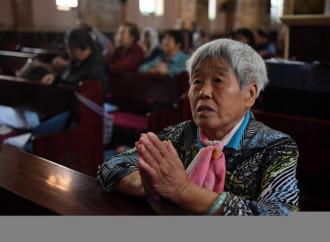 """Cattolici in Cina, un invito """"politico"""" poco ortodosso"""