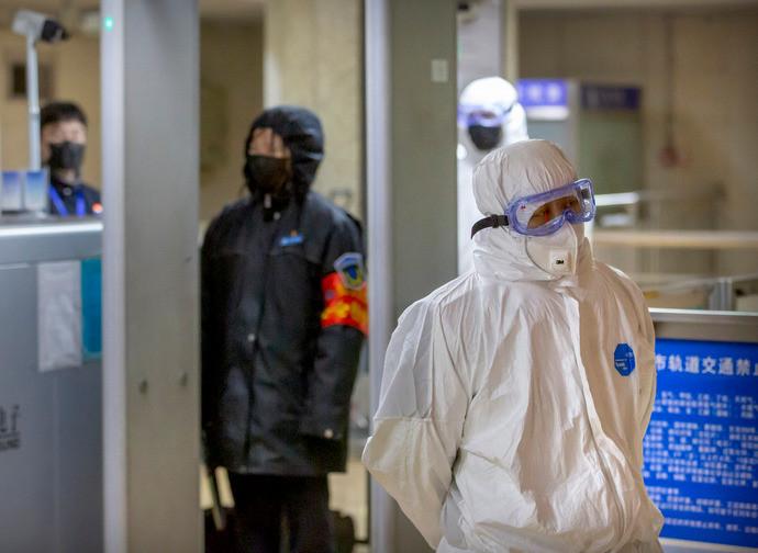 Controlli in tutti gli aeroporti per il virus cinese