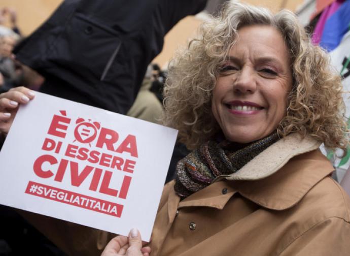 Monica Cirinnà festeggia la legge sulle unioni civili