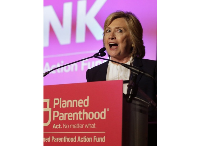 La Clinton parla al Planned Parenthood