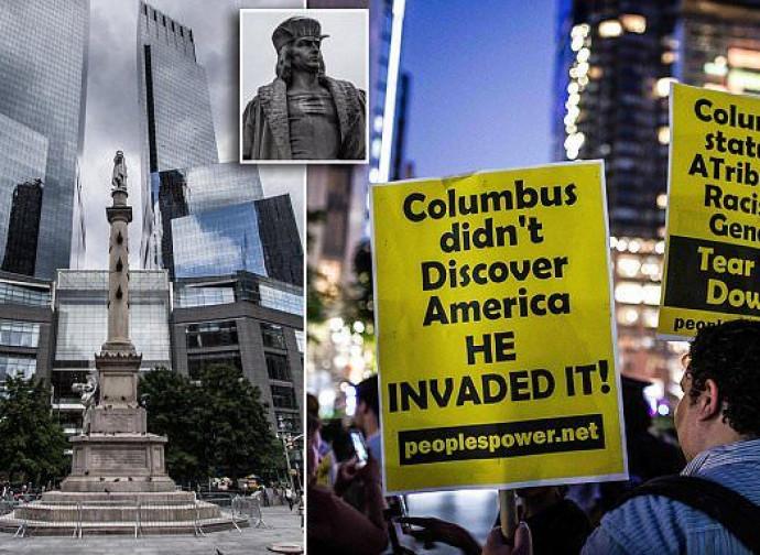 Protesta a New York contro la statua di Cristoforo Colombo
