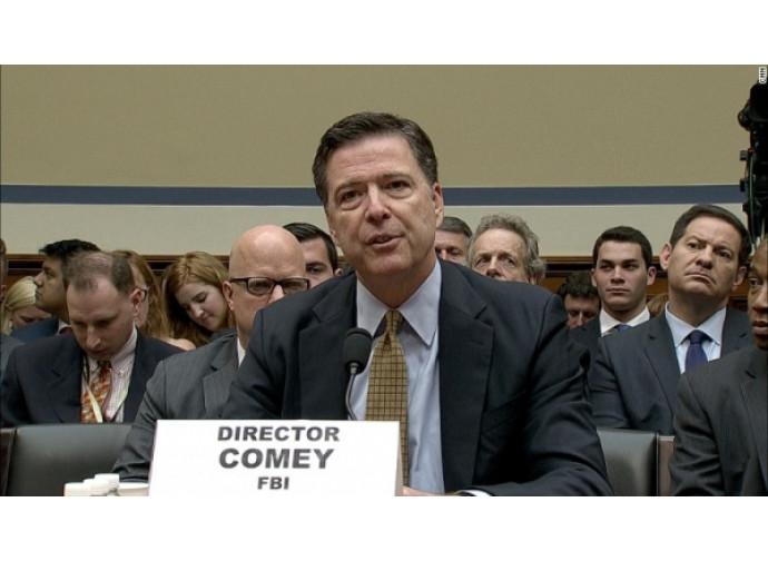 Il direttore dell'FBI, Comey