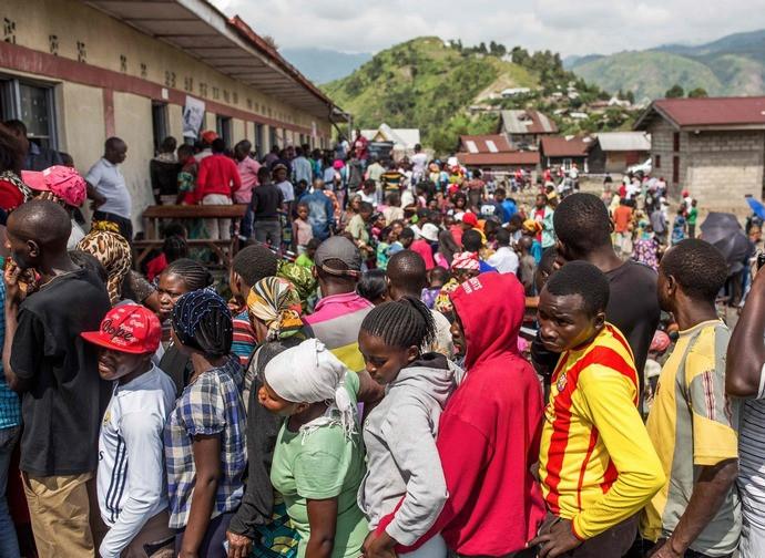 Fila per votare in un seggio del Nord Kivu