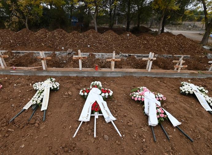 Nuove tombe in Grecia per i morti di Covid