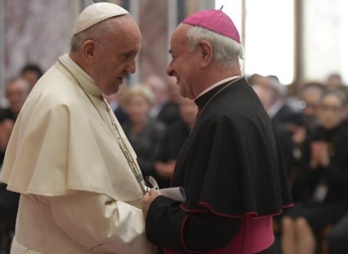Il Papa con il vescovo Paglia