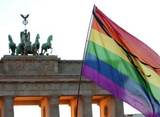 """Oggi prime """"nozze"""" gay in Germania"""