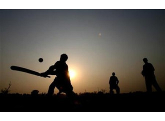 Pakistan, la polizia rastrella un quartiere cristiano (per una partita di cricket)