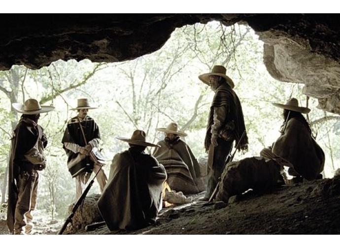 Una scena del film Los últimos cristeros