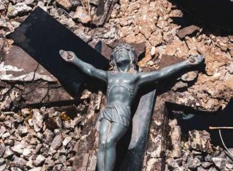 Il vero problema è la cristianofobia. Lo dicono i numeri